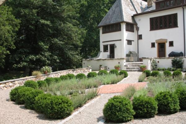 McClean Tudor Garden